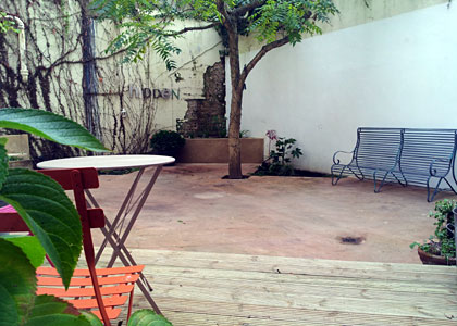 Large courtyard garden in Hove
